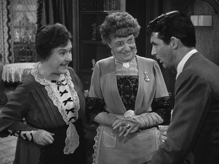 Josephine Hull, Jean Adair, Cary Grant in Arsenic and Old Lace