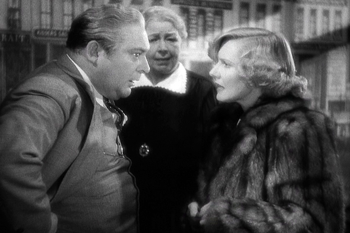 Edward Arnold, Jean Arthur in Easy Living