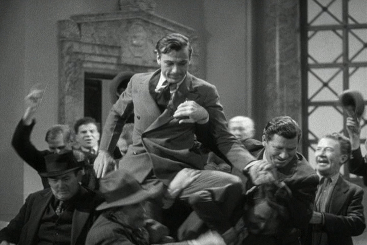 Gary Cooper in Mr. Deeds Goes to Town