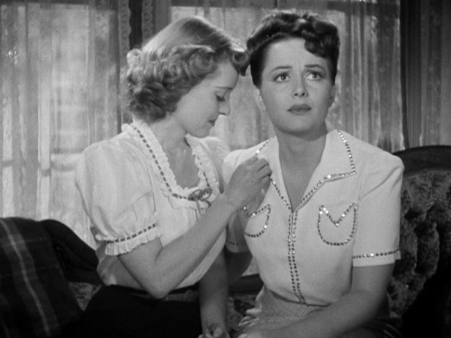 Bette Davis and Olivia de Havilland in In This Our Life