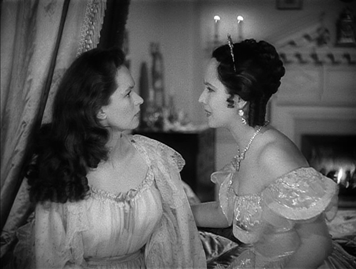 geraldine-fitzgerald-merle-oberon-in-wuthering-heights