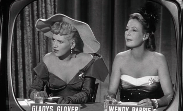 judy-holliday-wendy-barrie-in-it-should-happen-to-you