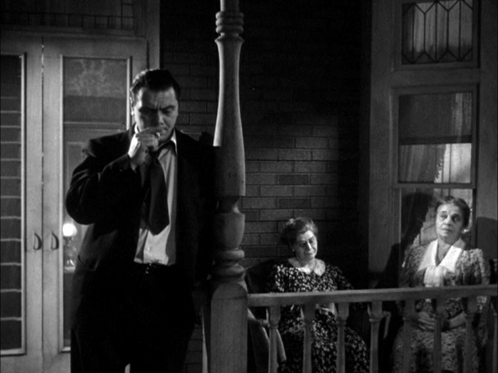 Ernest Borgnine, Augusta Ciolli, Esther Minciotti in Marty