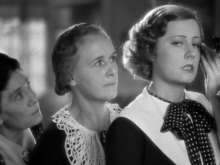 Irene Dunne in Theodora Goes Wild