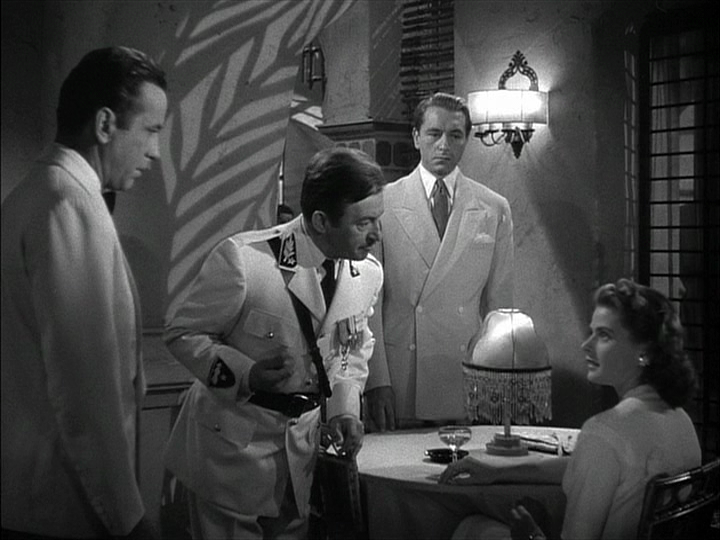 Humphrey Bogart, Claude Rains, Paul Heinreid, Ingrid Bergman in Casablanca