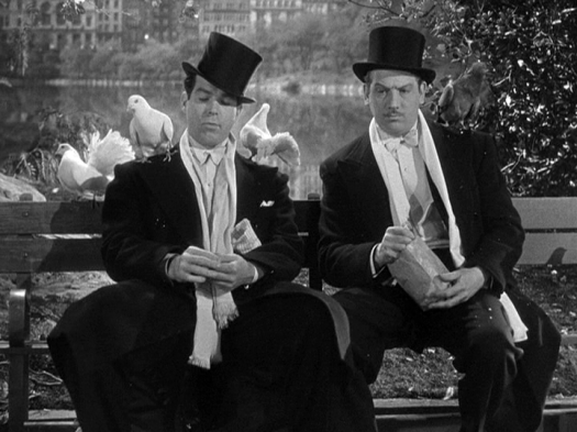 Fred MacMurray, Melvyn Douglas in Too Many Husbands