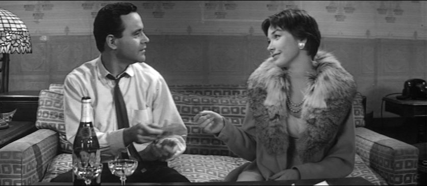 Jack Lemmon, Shirley MacLaine in The Apartment