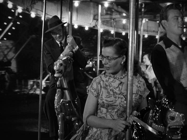 Robert Walker, Laura Elliot in Strangers on a Train