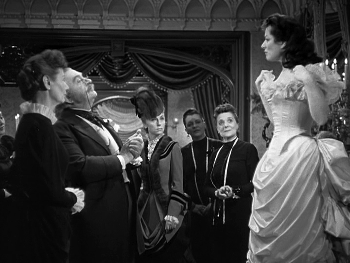 Greer Garson stars in Mrs. Parkington